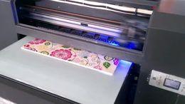 large format UV printer Printing on wood