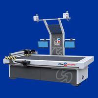 Automatic leather cutting machine