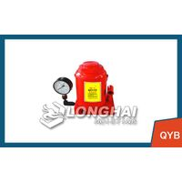 Destructive testing with a hydraulic jack with pressure gauge | displayed directly bearing the weigh thumbnail image