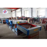 Waste clothes recycling machine for needle punching felt