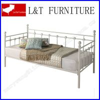 sliver white color durable metal single day bed