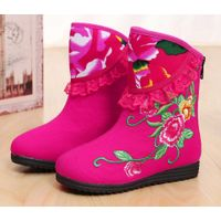 Wholesale girl winter old Beijing embroidered shoes ethnic style thermal warm ankle height increasin