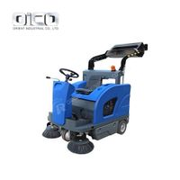C200D Ride On Floor Cleaning Machine Mini Cleaning Tools Self-Discharging Battery Sweeper