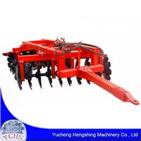 Tractor trailed heavy disc harrow
