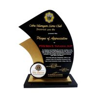 PLAQUES - Providing the best award plaques for any events.