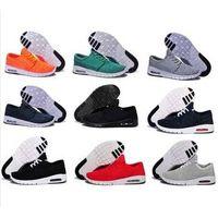 sport shoes thumbnail image