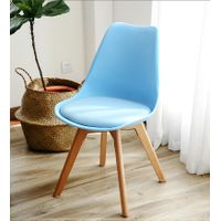 Wholesale dining room chairs wood furniture popular design Wooden Legs plastic dining chair