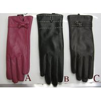 ladies leather glove thumbnail image