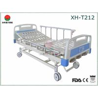 Manual Hospital Bed with Three Functions (XH-T212)