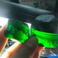 Uncut Gemstones Rough Nanosital Emerald Color Stone Per Carat