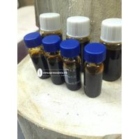 Oudh attar - Vietnam pure agarwood essential oil/ Oud Oil