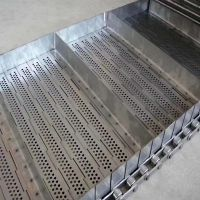 Stainless Steel Flat Plate Wire Mesh Conveyor Belt with Baffle thumbnail image