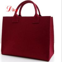 classic model needle felt shopping bag