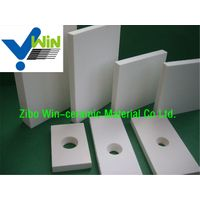 Heat resistant alumina ceramic tile