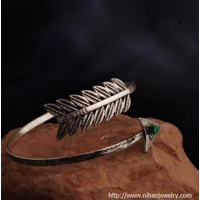 Cuff bracelets JEWELRY TRENDS FOR 2019 thumbnail image