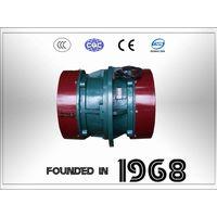 Vibratory motor installed on side plate-VBCB