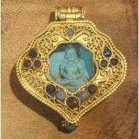 Gold Buddhist Prayer Box