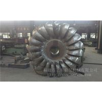 hydraulic turbine runner