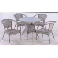 rattan table and chairs T220B