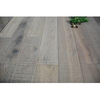 Fine sawn marker wood floors