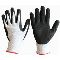 13 gauge HPPE liner sandy nitrile palm coated anti cut proof heat resistant gloves