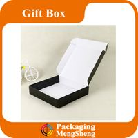 Colored pink lock tuck top shipping mailing packaging boxes