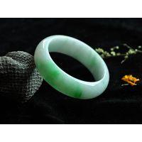 Native green and white Jade bangle 54mm C1550