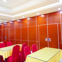 Sliding Wall Aluminium Track Roller Hotel Folding Door Partition