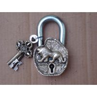 Lion Design Functional Brass Pad Lock Antique Pad Lock thumbnail image