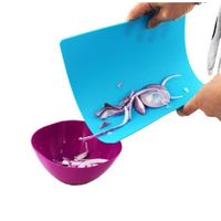 Plastic flexible foldable cutting board for kitchen
