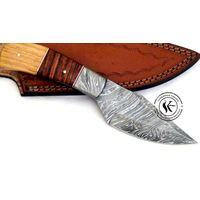 Beautiful Custom hand made Damascus steel Hunting knife