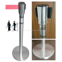 crowd control barrier/stanchion/retractable stand/queue barrier/boom barrier thumbnail image