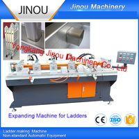 Automatic pipe expanding machine for aluminium ladders
