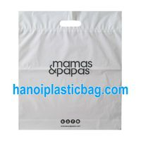 PUNCH OUT HANDLE CO EXTRUDED BAG