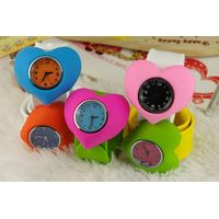 Charm Heart Snap Watches for Girls Quartz Movement Watches
