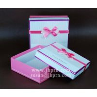 pink square scarves packaging box