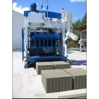 Movable concrete block making machine SUMAB E-12