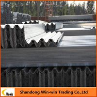 Galvanized w beam and thrie beam guardrail road crash barrier