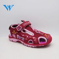 Chinese manufacturer soft sole summer beach outdoor girls closed toe sandals anti-alide walking sand