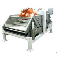 Rectangular Solid and Liquid Separator Machine