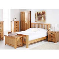 Wooden bedroom furniture sets with oak bed