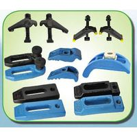 Universal forged mold clamps