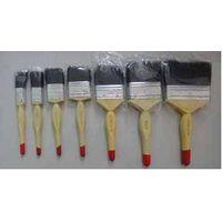 Boiled bristle paint brush