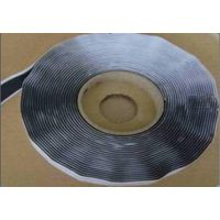 Butyl sealing tape for RTM process