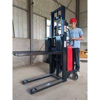 Semi 1.5ton Electric Stacker 3-way Semi Electric Pallet Lifter Stacker Fork Lift