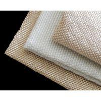 Texturized fiberglass fabric for heat insulation
