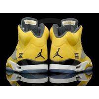 authenic jordans shoes thumbnail image