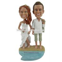Custom resin wedding bobbleheads for gift, OEM resin wedding souvenir