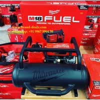 Milwaukee 2840-20 M18 Milwaukee 2840-20 M18 FUEL - 2 Gallon FUEL - 2 Gallon Compact Quiet Compressor