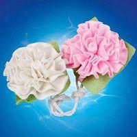 bath sponge in flower shape